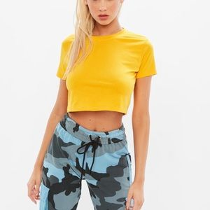 Yellow missguided cap sleeve crop top 🍒